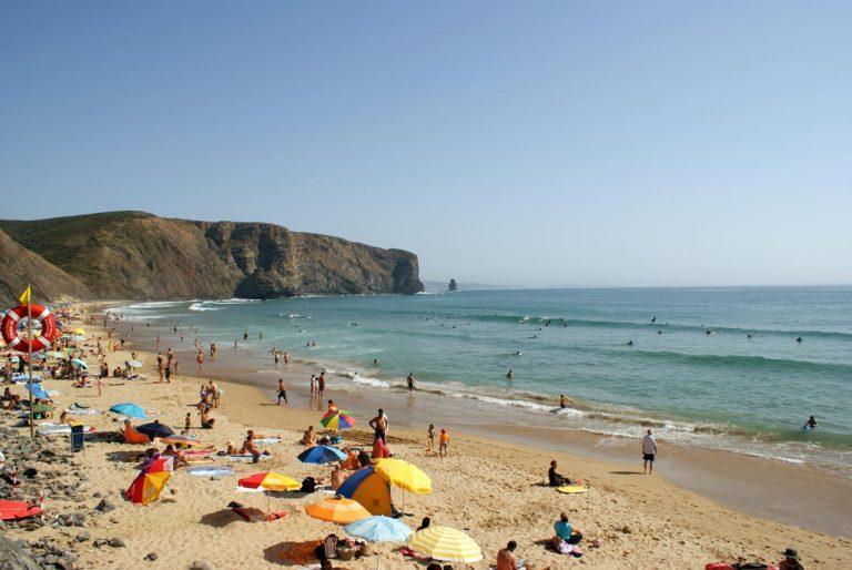 arrifana-beach-algarve-portugal--01-1100x