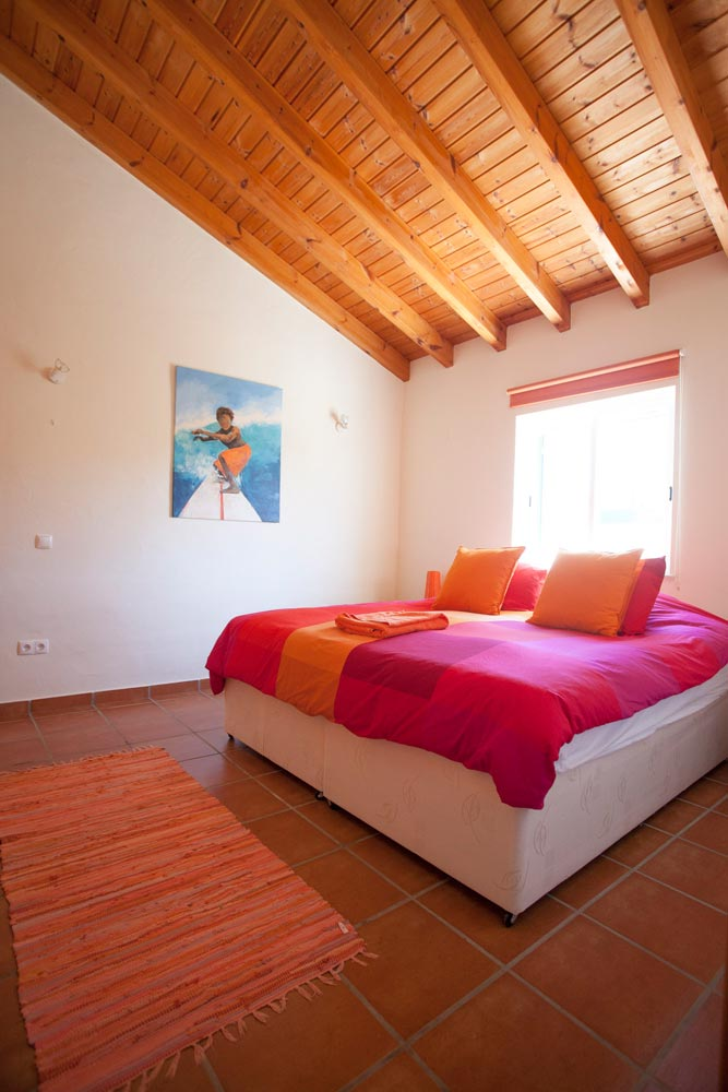 arrifana-surf-lodge-algarve-portugal-double-room-1000x